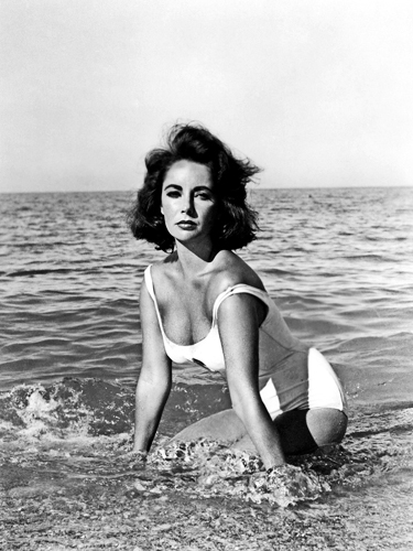 Hollywood Photo Archive Elizabeth Taylor In The Surf